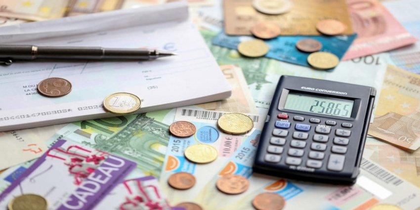 Informe de rendimentos tem de ser entregue até o fim do mês